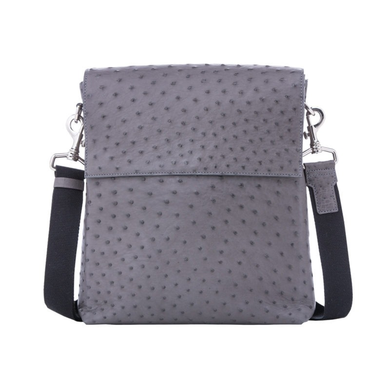 Medium Messenger in Anthracite Ostrich 1